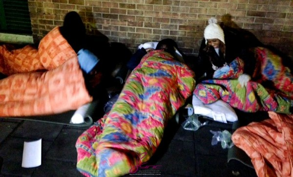 May7ven-Sleeps-on-the-Streets-of-London-December-2013
