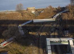 Metro Train Derailment (Photo Credit: AP)