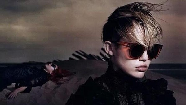 Miley-Cyrus-in-Marc-Jacobs-2014-Ad-Campaign-Newswire2