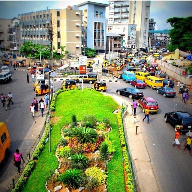 Buhari Focuses On Media Campaign Against Corruption As Nigeria's Economy Slips Into Recession