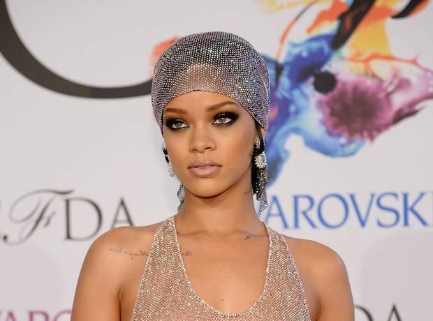 Rihanna CFDA 1