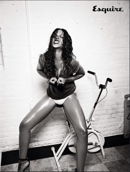 Rihanna-Instagram-Esquire-UK-December-2014-7-454x600