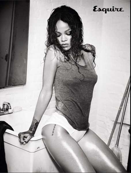 Rihanna-Instagram-Esquire-UK-December-2014-8-455x600