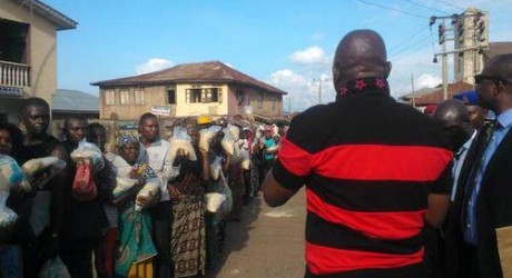 Fayose Distributes Customise Rice To The People Of Ekiti State, Pardons Civil Servants [Photos]