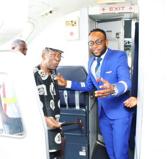 Kcee Flight attendant 3