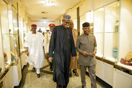 Buhari Holds First Meeting With Osinbajo, Service Chiefs