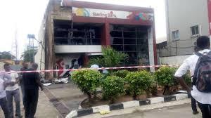 Lagos Mob Sets Banks Ablaze As Policeman 'Kills' Tanker Driver